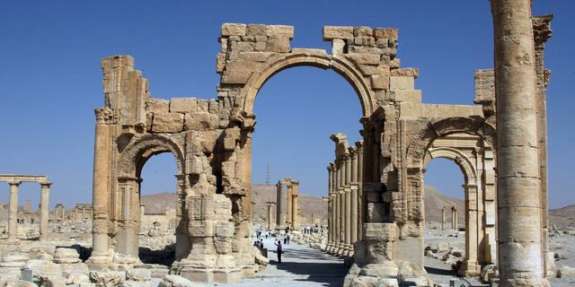 'IS-strijders blazen triomfboog Palmyra op'