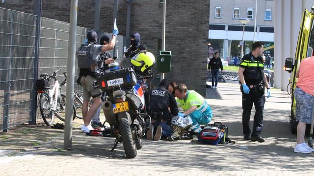 Experts: 'Verdachte steekpartij Den Haag geradicaliseerd en extremistisch'
