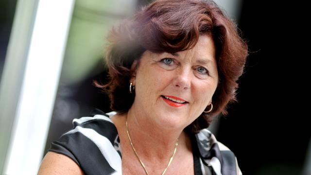 Zundertse burgemeester Leny Poppe in tv-serie 'Hallo Nederland'