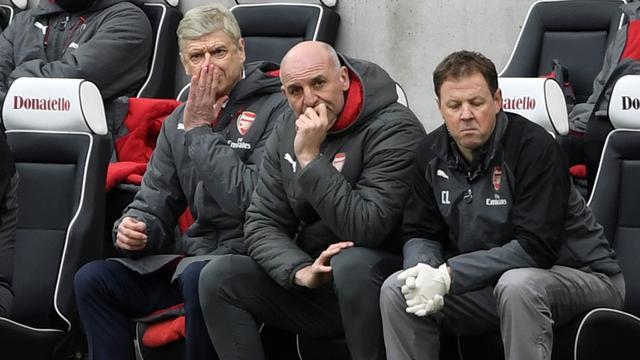 Assistent Arsenal prijst 'ongekende gedrevenheid' bekritiseerde Wenger