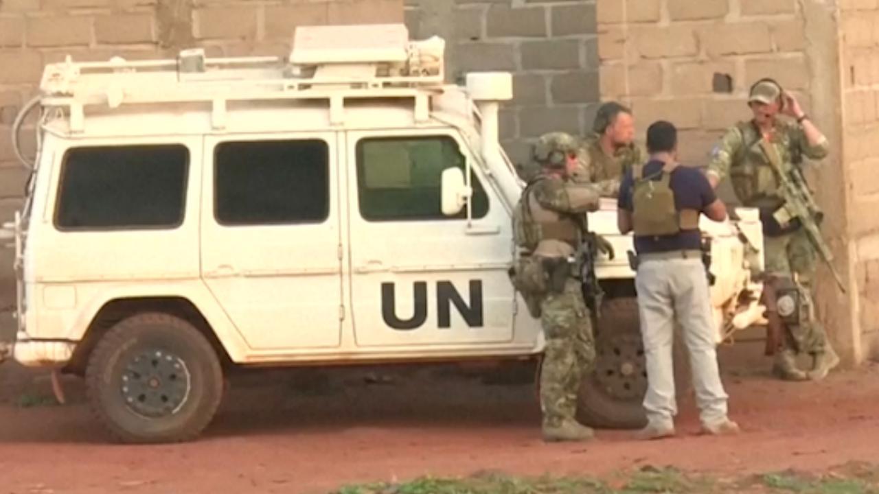 Hulpdiensten rukken uit voor aanval op resort in Mali