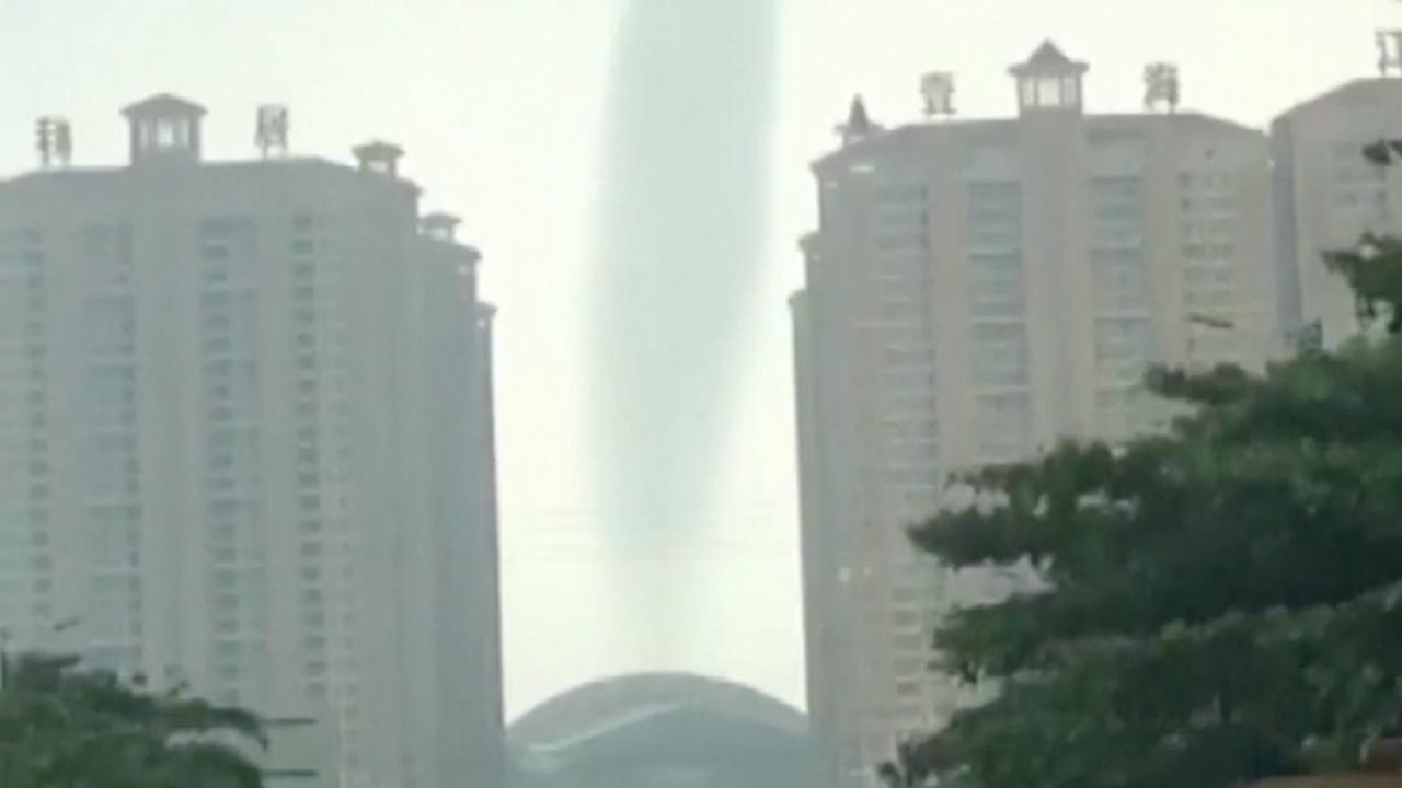 Beelden tonen start van enorme waterhoos aan Chinese kust