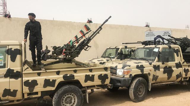 Libische regeringstroepen heroveren vliegveld in hoofdstad Tripoli