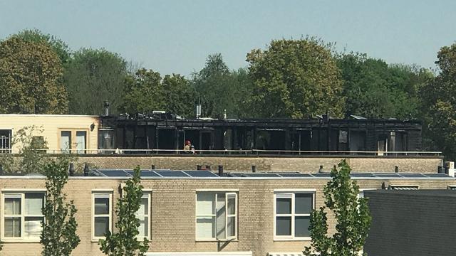 Grote brand Geerdinkhof in Amsterdam-Zuidoost geblust