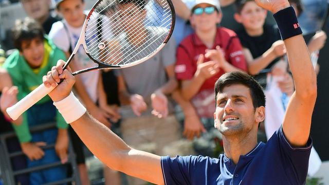 Djokovic na zege op Thiem naar finale Masterstoernooi Rome