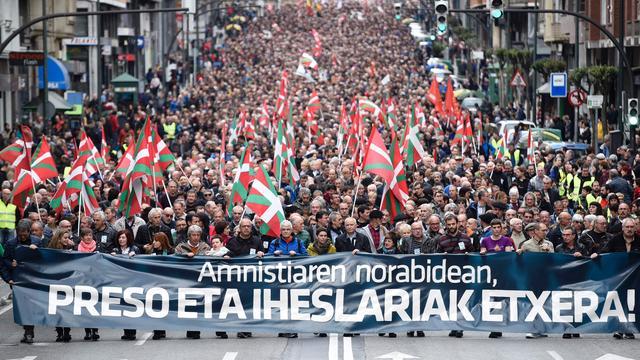 Duizenden Basken de straat op voor ETA-gevangenen