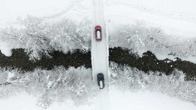 Hevige sneeuwval ontregelt dagelijks leven in de Alpen