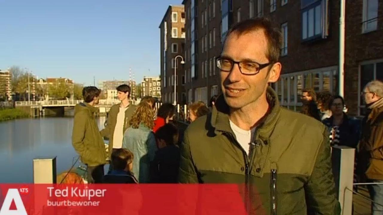 Bootjes Amsterdammers moeten plaatsmaken voor toeristenboten