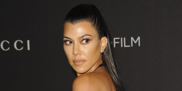 Kourtney Kardashian bevestigt relatie met Travis Barker