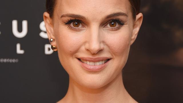 Natalie Portman heeft moeite met films waarin zij zelf speelt