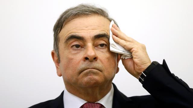 Carlos Ghosn klaagt Renault aan om betaling van 250.000 euro