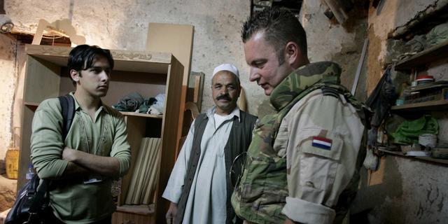 22 tolken en hun gezinnen volgens kabinet achtergebleven in Afghanistan