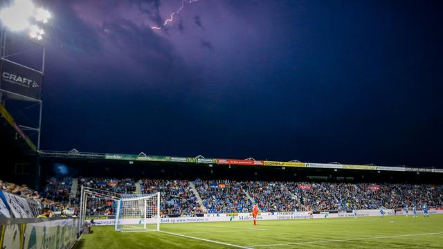 PEC-Groningen gestaakt wegens onweer, duel maandag uitgespeeld