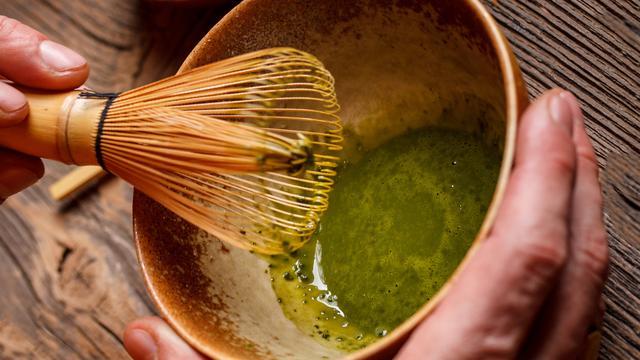 Hoe theedrinken een kunstvorm is in Japan