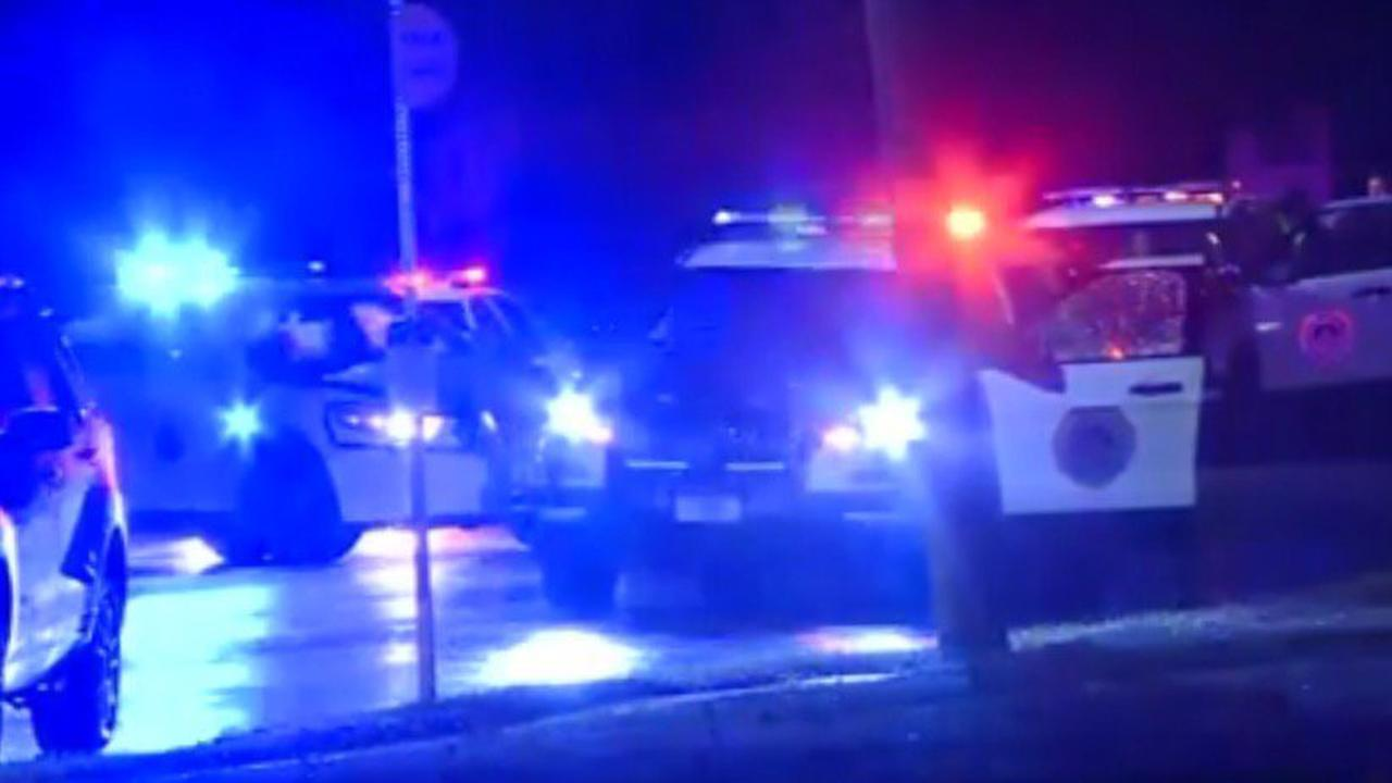 Bloedstollende beelden: agent ramt dronken spookrijder van de weg