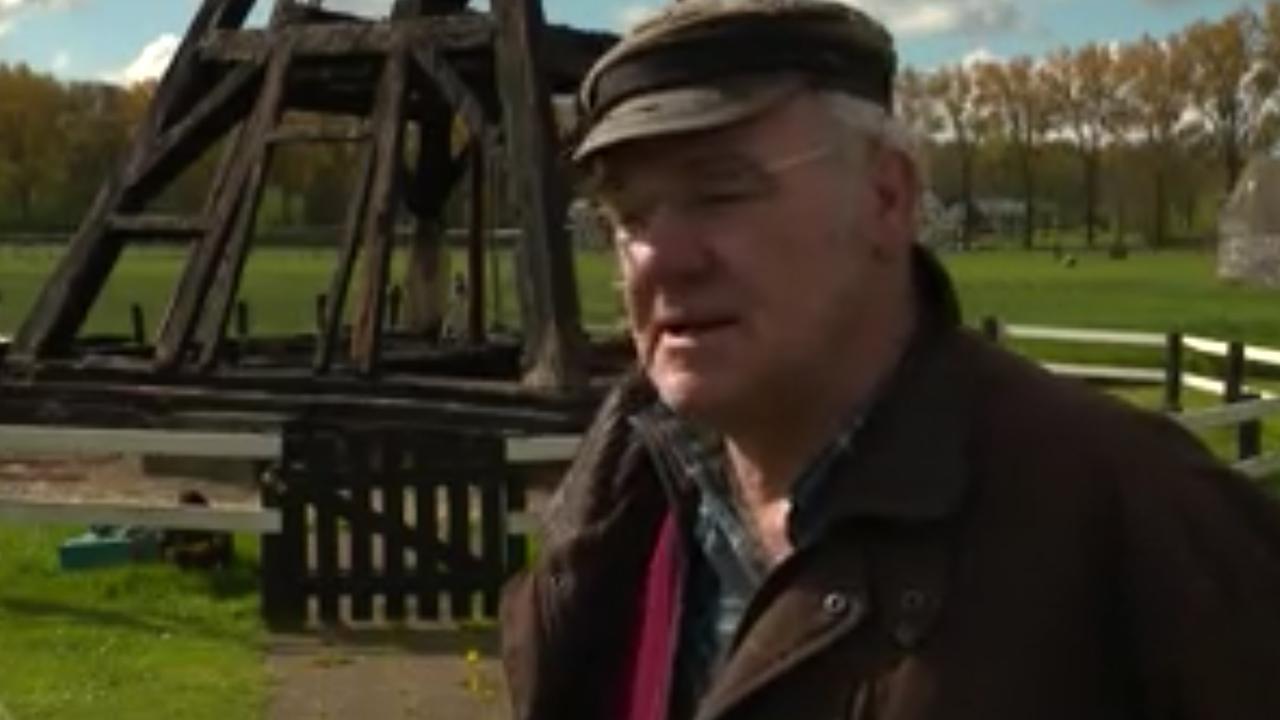 Start restauratie afgebrande molen Utrecht: 'Ik stond te janken voor mijn hek'