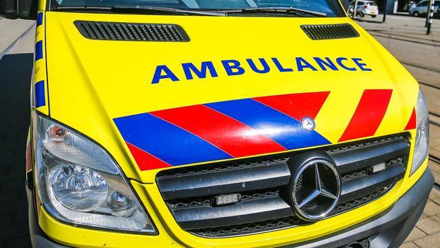 Jongen (13) gewond na steekpartij in Rotterdam, politie zoekt daders