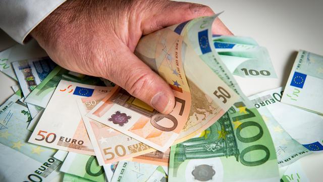 Politie pakt bij Mijnsherenlaan drie Franse mannen op met 34.000 euro