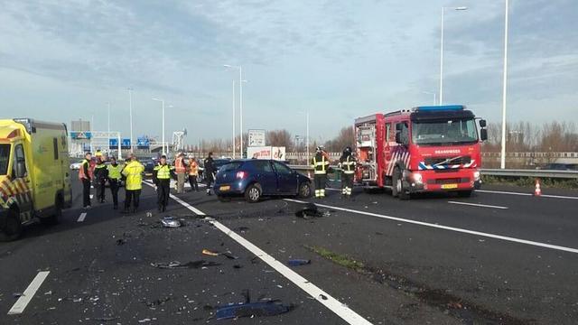 Spookrijder veroorzaakt ongeluk op A4 bij Rotterdam.