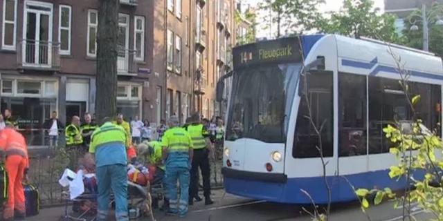Fietser gewond na botsing met tram 14 in Oost