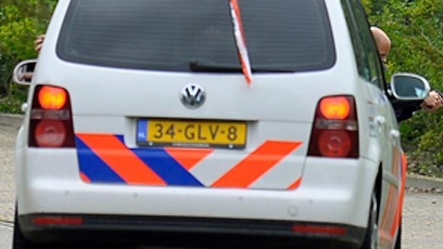 Auto belandt in een sloot langs de A58 bij Middelburg