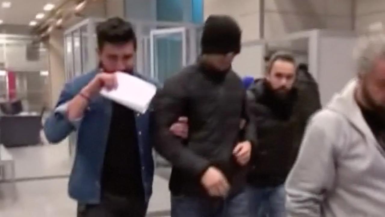 Politie arresteert man op vliegveld na aanslag nachtclub Turkije