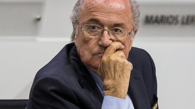 Blatter haalt na herverkiezing hard uit naar UEFA en Platini