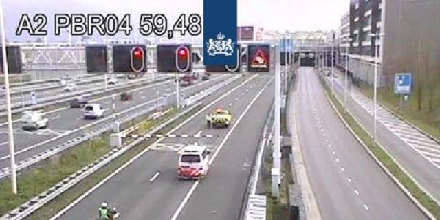 Leidsche Rijntunnel richting Utrecht korte tijd dicht door ongeluk