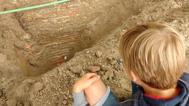 Archeologische dienst rondt onderzoek gevonden stadsmuur Gerengracht af