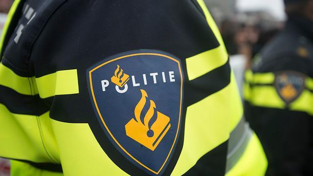 Drie voertuigen in lichterlaaie in Colijnsplaat