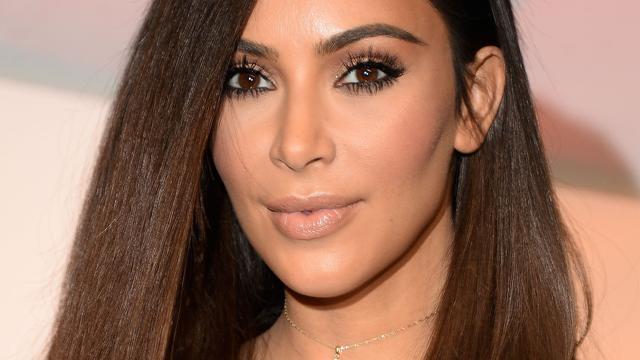 Kim Kardashian wil minder kleding dragen