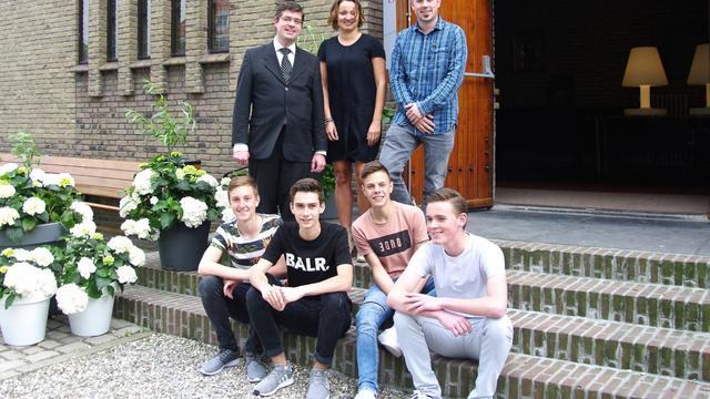 Zeeuwse jongeren vieren vijfhonderd jaar reformatie met uitvoering