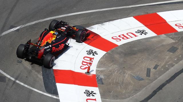 Verstappen vierde, Ricciardo snelste tijdens tweede oefensessie