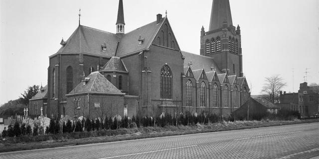 Uurwerk kerk Hoogerheide volgende week teruggeplaatst