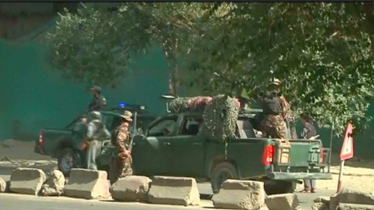 Tientallen doden en honderden gewonden bij bomaanslag Kabul