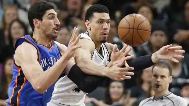 Spurs evenaren record voor beste thuisseizoen in NBA
