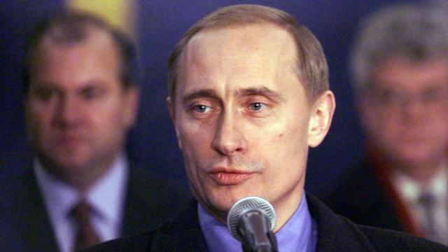 Zo maakt Poetin al achttien jaar de dienst uit in Rusland