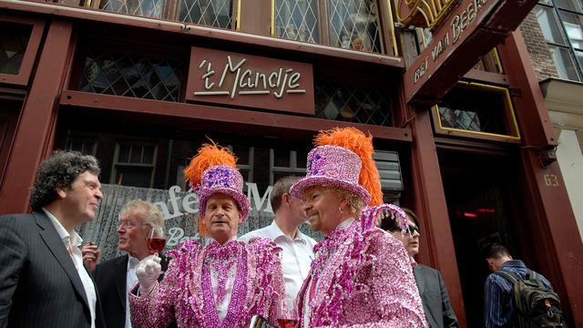 Amsterdams eerste homocafé start inzamelingsactie om open te blijven