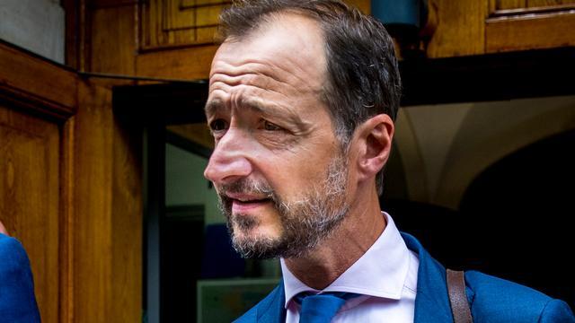 Ministers 'overrompeld' door besluit van Wiebes om te stoppen met gaswinning