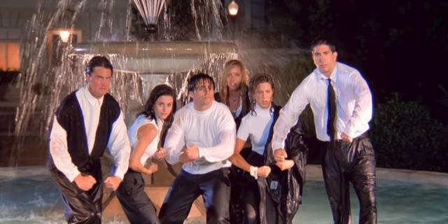 Recensieoverzicht van Friends-reünie: 'Vermakelijk, maar weinig verrassend'