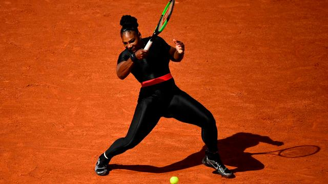 Serena Williams voelt zich superheld in opvallende outfit op