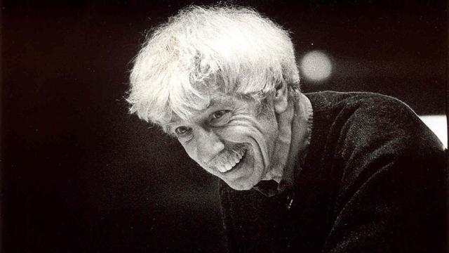 Dirigent Reinbert de Leeuw op 81-jarige leeftijd overleden