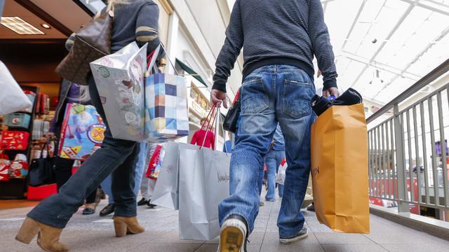 Consumentenprijzen stijgen minder hard in maart