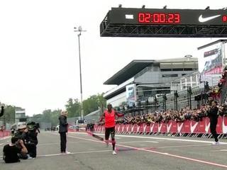 Olympisch kampioen net niet onder twee uur op circuit Monza