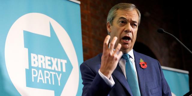 Brexit-boegbeeld Nigel Farage verlaat de Britse politiek