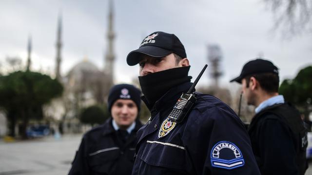 Turkse rechtbank verlengt hechtenis tien Syriërs na aanslag Istanbul