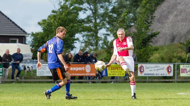 Interview: Sjaak Swart speelt met Lucky Ajax tegen Zeelandia Middelburg