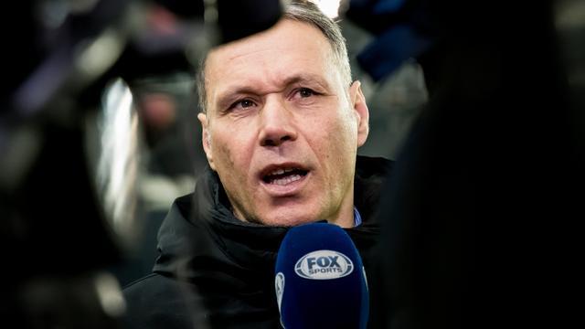Marco van Basten biedt excuses aan na zeggen 'Sieg Heil' bij FOX Sports