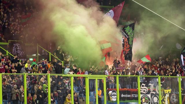 Fans Zulte Waregem schrijven boze brief vanwege 'oneerlijke' arbitrage