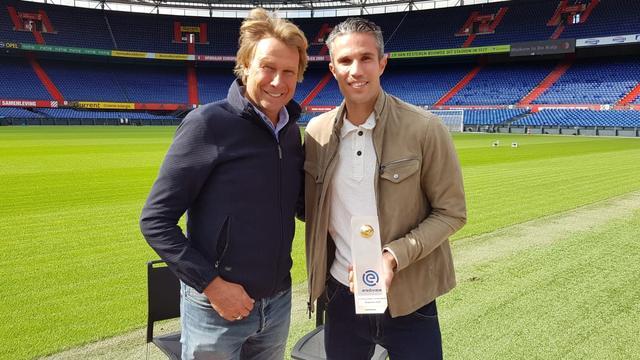 Van Persie uitgeroepen tot eerste Eredivisie-speler van de Maand
